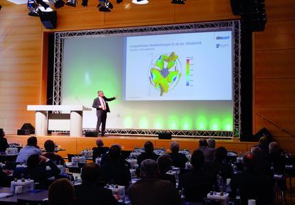 Bei den Branchentagen waren 170 Teilnehmer in der Mulfinger Stauseehalle.