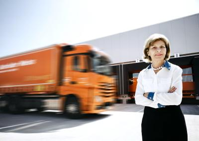 Heidi Senger-Weiss the first woman to be inducted into the Logistics Hall of Fame