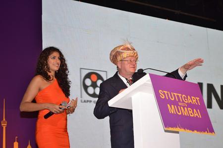 Honorarkonsul Andreas Lapp eröffnet das Weinfest Stuttgart meets Mumbai
