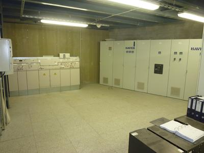 Switching room with MS gas-isolated switchgear