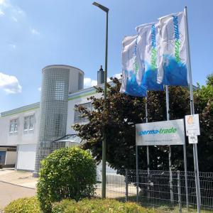 Bei der perma-trade Wassertechnik GmbH in Leonberg-Höfingen ist einiges in Bewegung: Auch Interessenten für Ausbildungsberufe oder ein Duales Studium sind hier willkommen und können vielseitige Betätigungsfelder in einem wachsenden Zukunftsmarkt erkunden und aktiv mitgestalten / Bildnachweis: perma-trade Wassertechnik