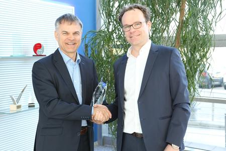 (left to right): Thomas Staudinger, VP Technical Development & Vertical Segments EBV Elektronik, and Jens Kahrweg, FAE Director EMEA Atmel Corporation