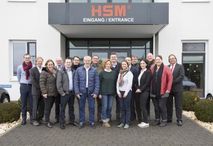 Bürobedarfshändler Ashton Feucht & Büro Mix zu Besuch bei HSM
