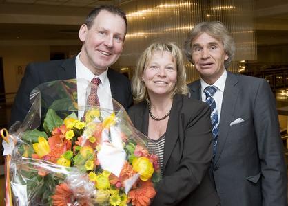 Die iGZ-Bundesvorsitzende Ariane Durian und iGZ-Hauptgeschäftsführer RA Werner Stolz (r.) gratulierten Angelo Wehrli zur Wahl