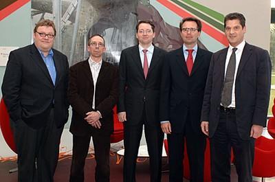 Die Diskutanten: Wolf Lotter (brandeins), Volker Schütz (Horizont), Rainer Beaujean (T-Online), Prof. Bernd W. Wirtz (Euro Lab), Tobias Kirchhofer (BlueMars)