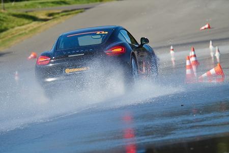 ContiSportContact 5 belegt bei Sommerreifentest von sport auto den dritten Platz