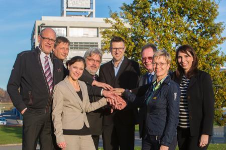 Gemeinsam organisieren die PKM GmbH mit der Messe Friedrichshafen die TURNING DAYS am neuen Standort (von links nach rechts): Klaus Bott, Dirk Spahn, Monika Roovers, Martin Hämmerle (Projektleiter), Thomas Grunewald, Günter Ihlenfeld (Geschäftsführer PKM), Ina Kolenda und Annika Raff