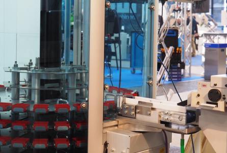 Teilespeicher DepotMax an einer Drehmaschine von Citizen