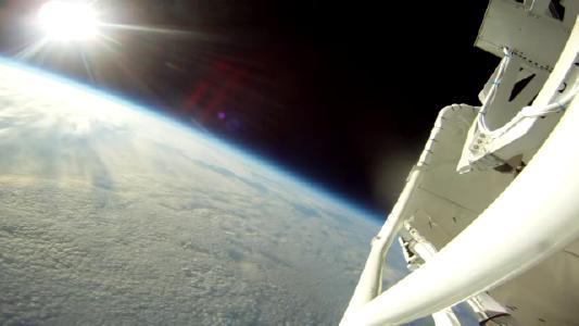 Aufnahme einer Kamera der Ballonfahrt von Sunrise II [Quelle: MPS]