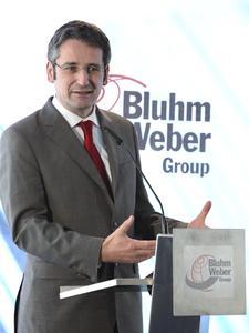 Der rheinland-pfälzische Wirtschaftsminister Hendrik Hering würdigte in seiner Rede das unternehmerische, ehrenamtliche und soziale Engagement von Eckhard Bluhm
