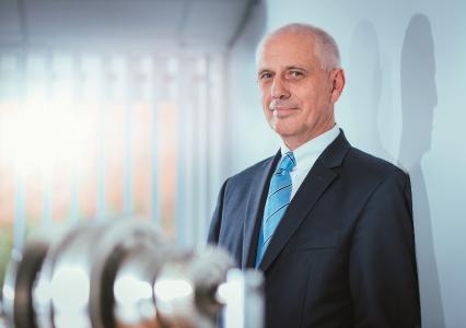 Dr.-Ing. Frank Springorum, Vorstandsvorsitzender des Industrieverbands Massivumformung e. V., Hagen und Geschäftsführer der Hammerwerk Fridingen GmbH, Fridingen