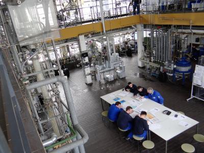 Das Lehrtechnikum der Bildungsakademie Inn-Salzach im Chemiepark GENDORF wird komplett neugebaut und vergrößert. Der Neubau ist Teil eines Gesamtkonzepts und so geplant, dass im Laufe der Jahre weitere Module ergänzt werden könnten.