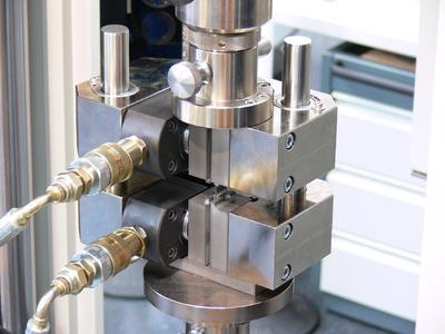 Hydraulic Composite Compression Fixture (HCCF)
