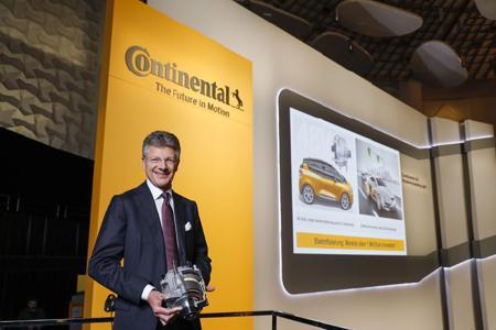 CEO Dr. Degenhart präsentierte auf der Hauptversammlung des DAX-Unternehmens Mobilitätsdienste als zukünftigen Wachstumsmarkt für Continental