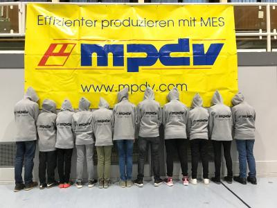 "Two MPDV teams have participated in the robot competition FIRST LEGO League in Obrigheim this year. The ""MPDV Junior Developers"" team ranked third in the research task, ""The Originals"" won the jury's special prize (Source: MPDV)"