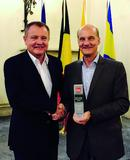 TDK-Lambda Germany vergibt Outstanding Sales Growth Award an dataTec