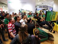 """Knapp 100.00 Besucher während der Publikumstage, rund 3.000 Teilnehmer an der """"Schaeffler Rallye Experience"""" - Schaeffler Automotive Aftermarket zieht eine positive Bilanz der IAA 2013"""