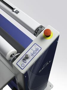Now also available in South Africa: the new bestselling Seal 54 EL. It enables cost-effective entry into the finishing and laminating business and is suitable for the finishing of numerous materials with films