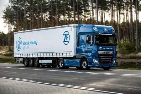 Ausgezeichnet: umweltfreudlicher eTrailer von ZF erhält CLEPA-Innovationspreis 2020