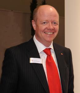 Kevin Thompson, General Manager Global Product Management bei RS, blickt auf 30 Jahre erfolgreicher Zusammenarbeit mit HellermannTyton zurück