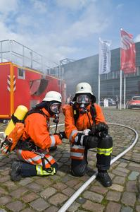 """Kinder und Familien können bei der """"akut"""" einiges erleben - zum Beispiel Brandschutzvorführungen"""