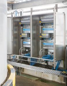 Die Schaltschränke mit PTB 13 ATEX 1010 x Systemzulassung entsprechen der Schutzart Ex e (Gehäuse mit Schutzart erhöhter Sicherheit) (Quelle: Bürkert)
