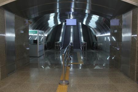 thyssenkrupp installiert in Aserbaidschan die längsten in Deutschland produzierten Fahrtreppen