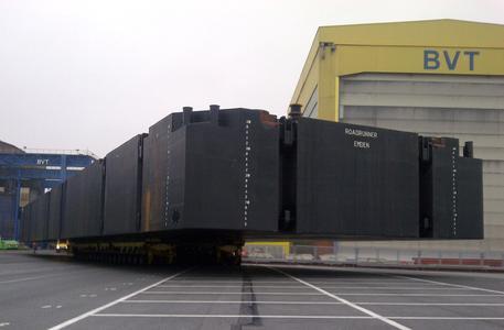 BLG verlädt bis zu 750 Tonnen schwere Schiffssektionen