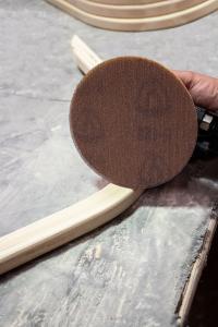 Schleifgitter AN 400 von Klingspor - perfekter Abtrag, nahezu vollständige Staubabsaugung. Ideal für die Holzbearbeitung.