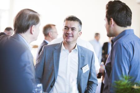 Gute Gespräche garantiert: An der acmeo Partnerkonferenz schätzen die Teilnehmer besonders den offenen Erfahrungsaustausch