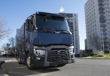 Renault Trucks liefert gepanzerte Fahrzeuge des Typs Renault Trucks T 430 an die Banque de France