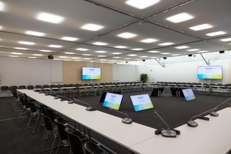 RÖDER_COP23_conference_room_1