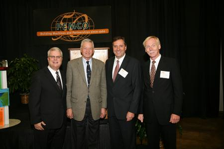Lee Sleiter, Pemco President and COO, Tom Petri, U.S. Congressman, Martin Weickenmeier, CEO of Körber PaperLink, Richard Bauer, Chairman of the Executive Board of Körber AG (from left)