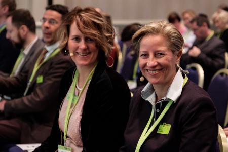 Regina Wolf-Berleb und Petra Berleb haben die PM Welt zu einer Pflichtveranstaltung für die Projektmanagement-Community gemacht. Foto: © 2018 Berleb Media GmbH/PM Welt 2018
