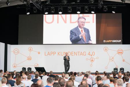 In the presence of around 500 invited guests, Andreas Lapp opened the Lapp Group's European headquarters