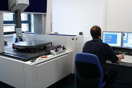 Das automatische Einstellprogramm des MR-CM lässt sich auf alle marktüblichen Einstellgeräte abstimmen.