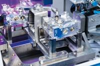 The innovative EcoCvelox combines deburring with individual part cleaning in one system