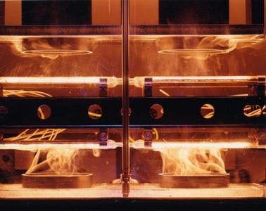 Infrared emitters help in the welding of glass fibre-reinforced pressure tanks / Copyright Heraeus Noblelight 2011