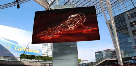 3M GTG MetaTwistTower auf dem MAC-Forum am Flughafen München; im Vollformat mit Audi-Clip