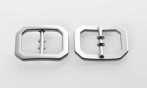 Belt buckle before and after processing in OTEC disc finishing machine