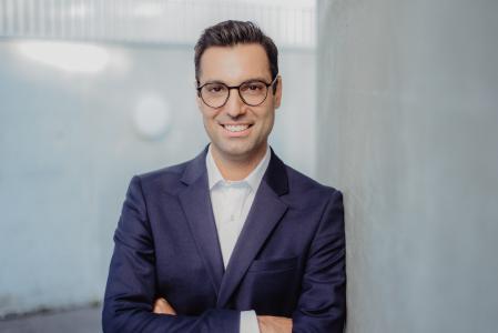 Eithan Wolf, Geschäftsführer von PassportCard Deutschland