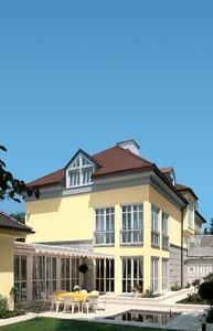 Eine gut gedämmte Fassade ist nachweislich eine der wirksamsten Maßnahmen, um den Energiebedarf und damit die Heizkosten effektiv zu senken.
